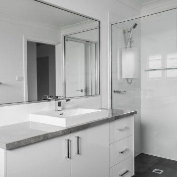 Framed Showerscreens